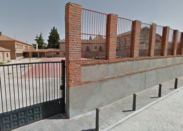 Patio del Colegio Reyes Católicos en Madrigal de las Altas Torres (Ávila)