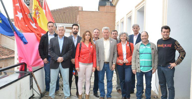 Los presidentes de los primeros clubes deportivos que han firmado convenio con el ayuntamiento