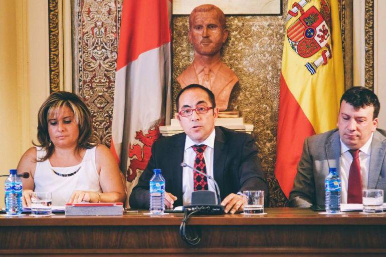La Diputación aprueba ayudas para el fomento del sector empresarial y la generación de empleo