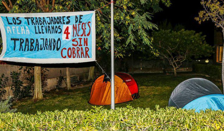 Imagen del encierro de los empleados en Ciudad Jardín