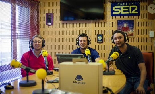 Mario Montañés, José Bohórquez y Pablo Sánchez, impulsores de la marca de ropa Kingsman, en Radio Cádiz