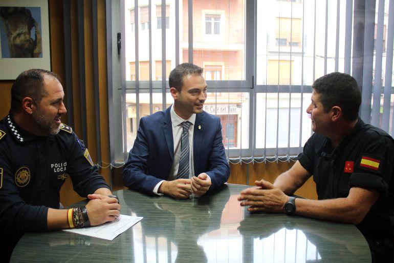Onda colegio Monteblanco: El Colegio Monteblanco se convierte en la base de operaciones de la UME