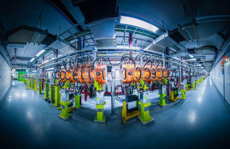 Imagen de archivo de una instalación de generador de partículas