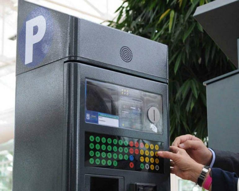 Los conductores de la zona SER no tendrán que pagar 20 minutos si solo estacionan 5