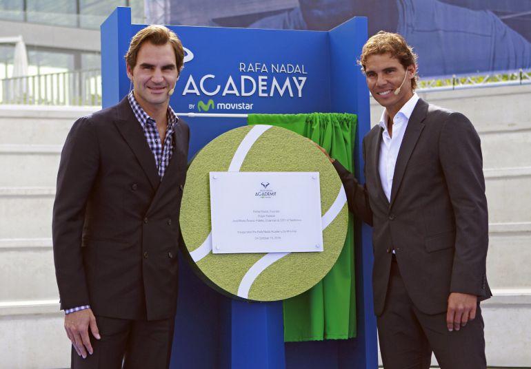 Rafa Nadal inaugura su academia junto a Roger Federer