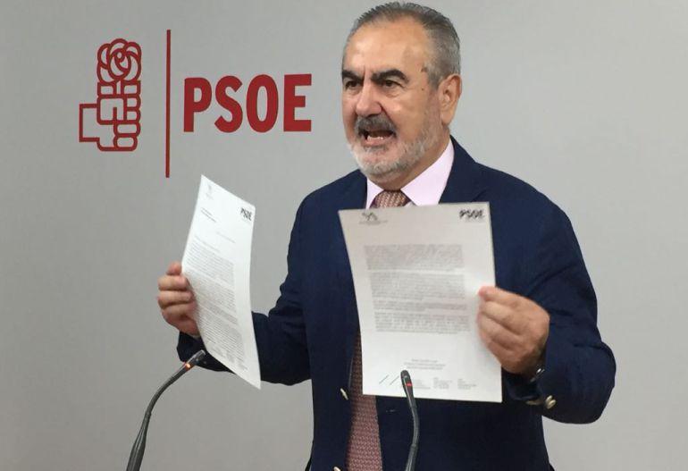 """Tovar """"percibe"""" que la militancia en Murcia está en sintonía con su postura de """"no apoyar a Rajoy"""""""
