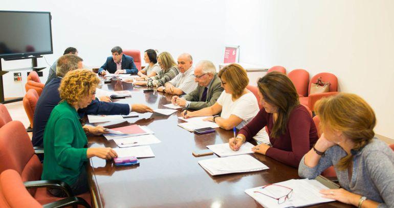 Polémica disolución del Instituto Municipal de Servicios del Litoral