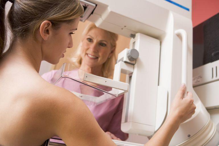 Cada año se detectan 800 nuevos casos de cáncer de mama en Aragón