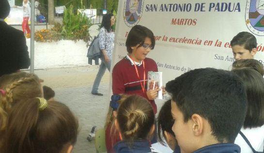 Participación de los niños en la Feria del Emprendimiento