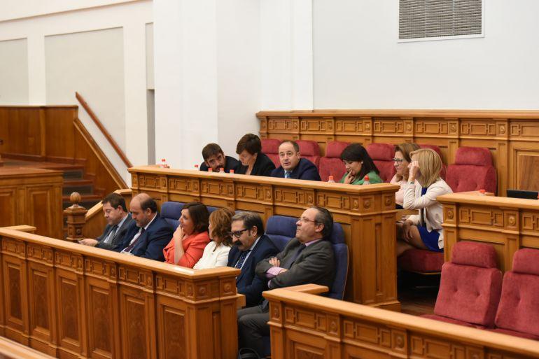 A debate parlamentario la instrucción del SESCAM que limita las contrataciones sanitarias