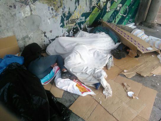 Menores tutelados por la Comunidad de Madrid malviven en un parque