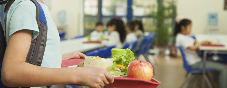 A coru a auxiliares cuidadores obligados a prestar - Comedores escolares xunta ...