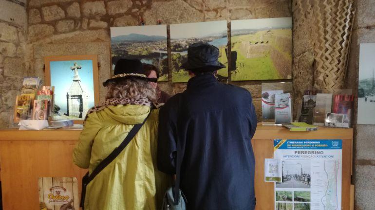 La oficina de turismo de tui tiene records de visitas for Oficina turismo vigo