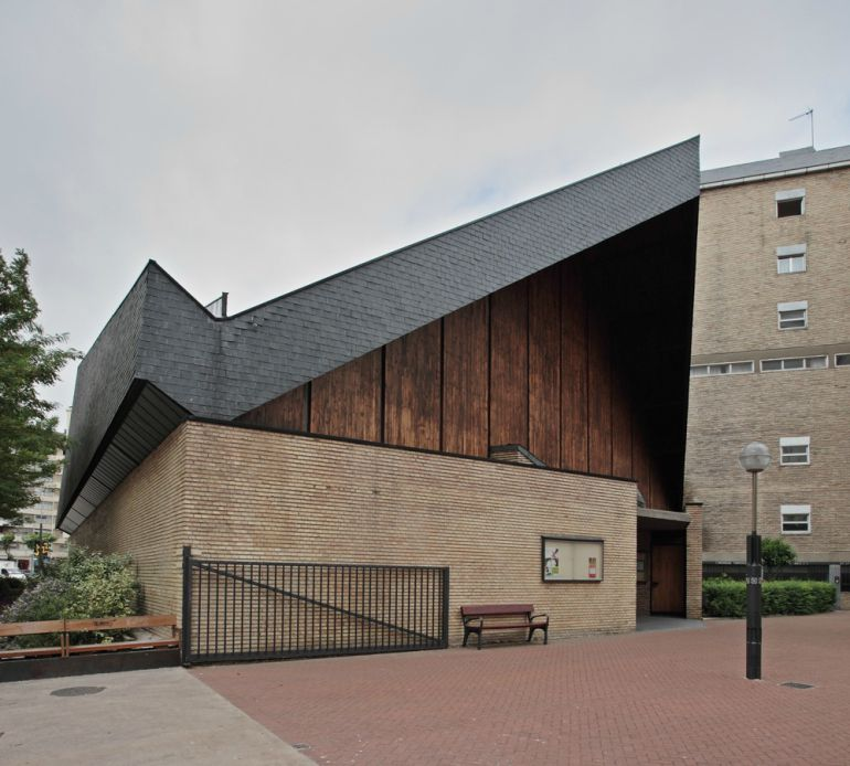 Arquitectura moderna en vitoria ser vitoria cadena ser for Arquitectos de la arquitectura moderna