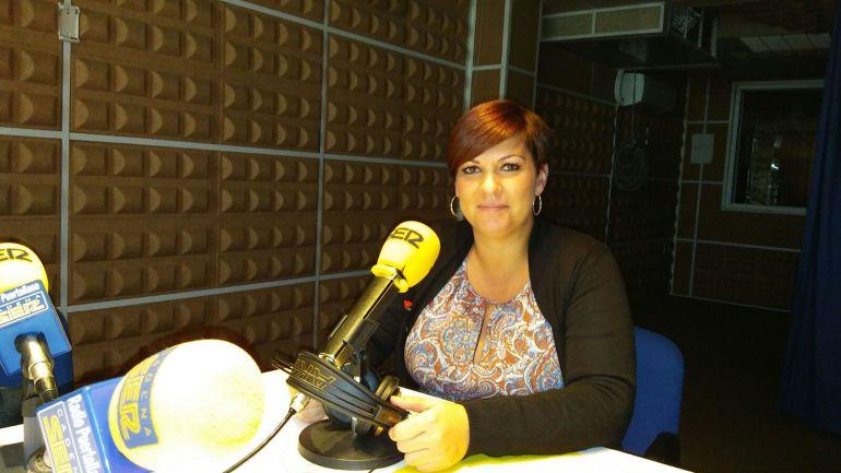 Maite Fernández en los estudios de SER Puertollano