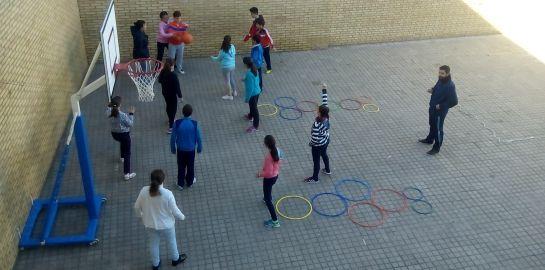 Gymkana solidaria en el colegio Santa Teresa