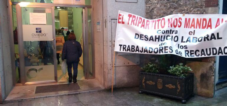 El juez paraliza las oposiciones de recaudaci n en el for Oficina recaudacion madrid