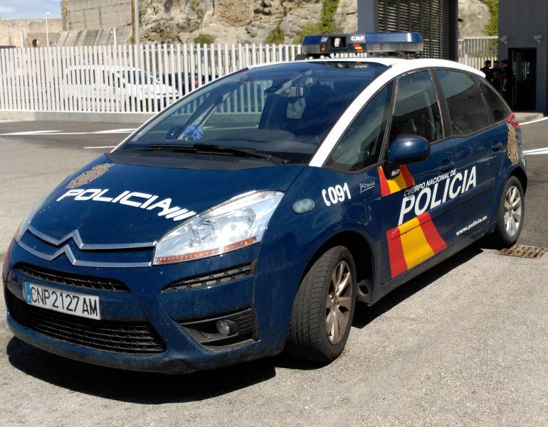 El hombre abandonado en el punta europa llevaba hachis en - Policia nacional algeciras ...