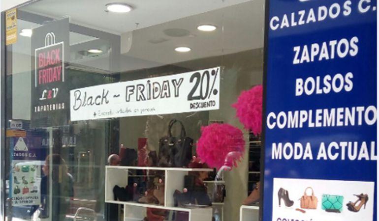 Comercio alicantino que celebra el Black Friday