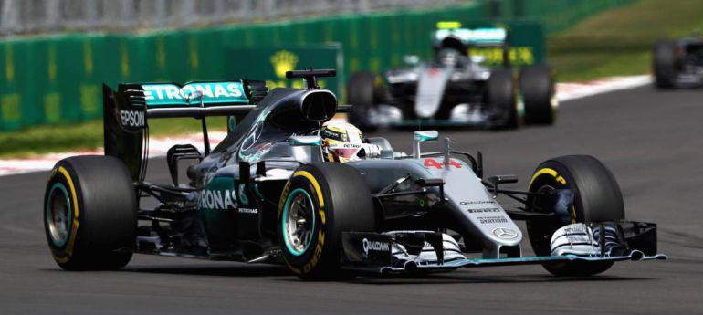 FORMULA 1 Y PRESENTACIÓN DE LA NUEVA ESCENIC: Rosberg o Hamilton, se decide la FORMULA 1