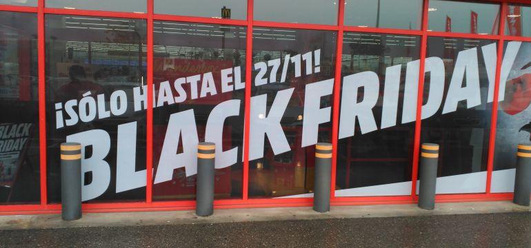 """""""Black Friday"""" en uno de los comercios del Parque Comercial Abadía de Toledo"""