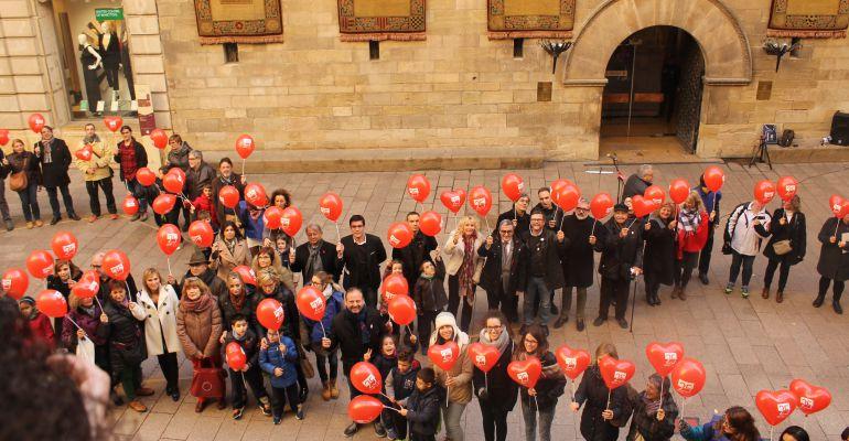 Commemoració del Dia Mundial de Lluita contra la Sida, avui, a la plaça Paeria de Lleida