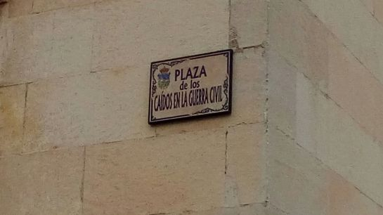 """Román: """"Es posible que haya que cambiar el nombre de algunas calles"""""""