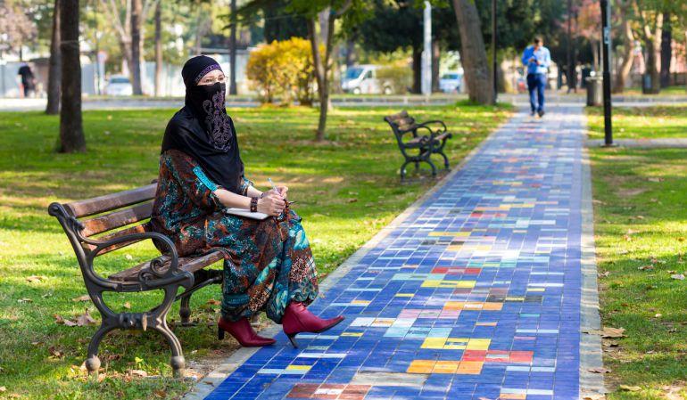 Alicante: En busca del reconocimiento de los títulos académicos de los refugiados