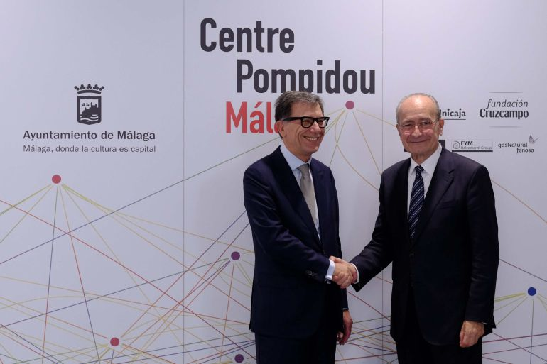 El presidente del Centro Pompidou de París, Serge Lasvignes, junto al alcalde de Málaga, Francisco de la Torre