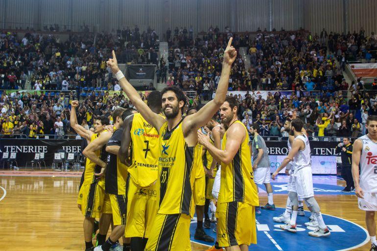 El Iberostar Tenerife puede quedarse sin Fran Vázquez