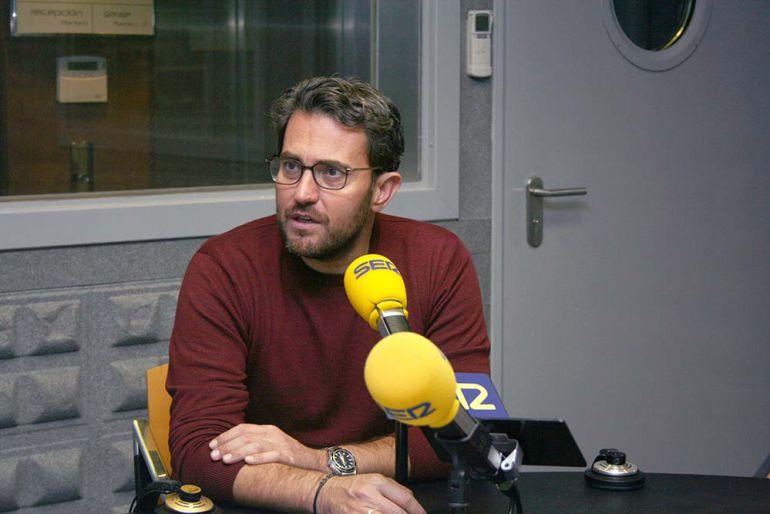 Máxim está en Vigo para presentar su último libro