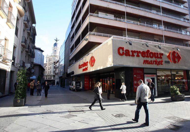 Los vallisoletanos gastan 20 millones al comprar por for Festivos valladolid 2017
