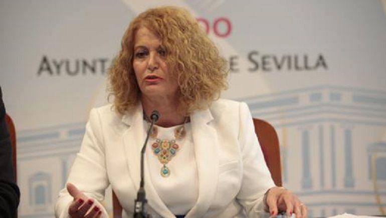 """Adela Castaño: """"En un par de días habrá calefacción en el Sánchez Mejías"""""""