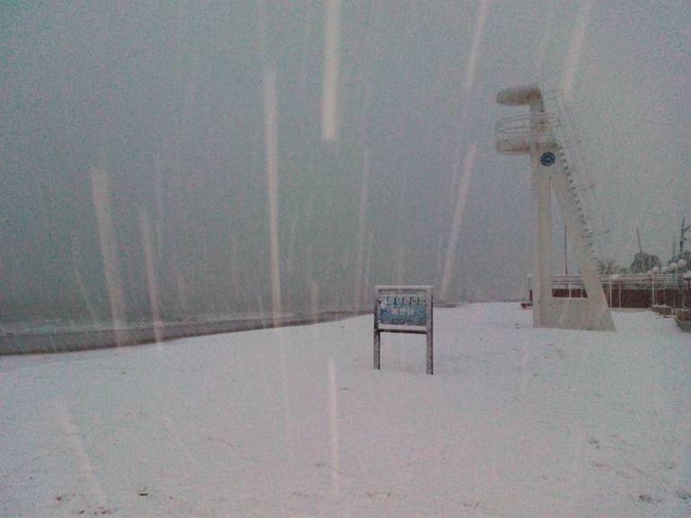 FOTOGALERÍA | Playa nevada en Dénia.