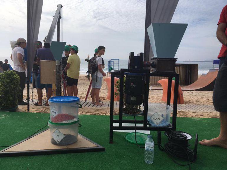 Maquinaria para recolección de plásticos empleada por Coge3