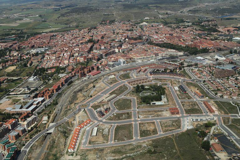 Noticias vila vila tiene suelo urbanizable para los for Suelo no urbanizable