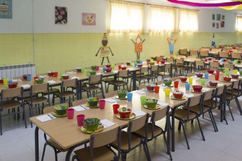 Los trabajadores de 32 comedores escolares de Sevilla, en huelga: Se ...
