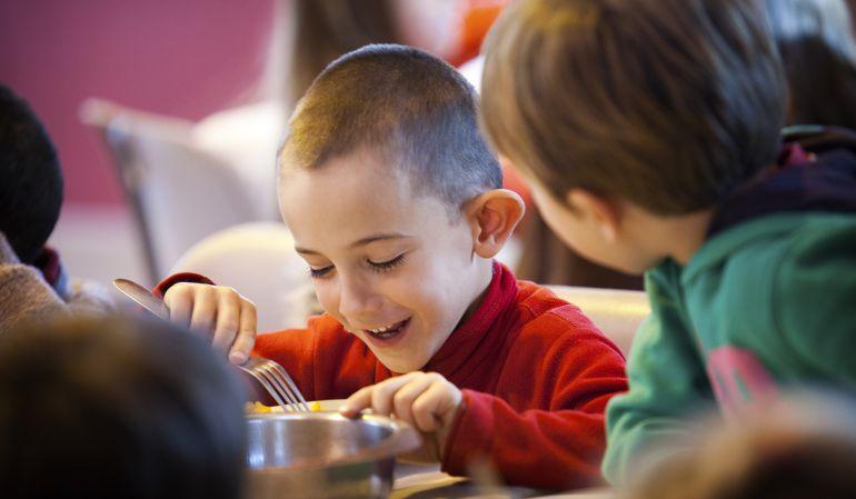 No se cumplen los acuerdos sobre becas de libros y comedor en algete ser madrid norte hora - Becas de comedor 2017 ...