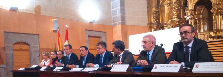 El consejero de Sanidad, José Antonio Sáez Aguado, preside el Consejo de Dirección Abierto en Ávila