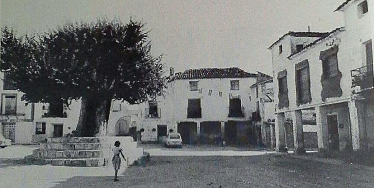 Plaza de Torralba en la segunda mitad del siglo XX.