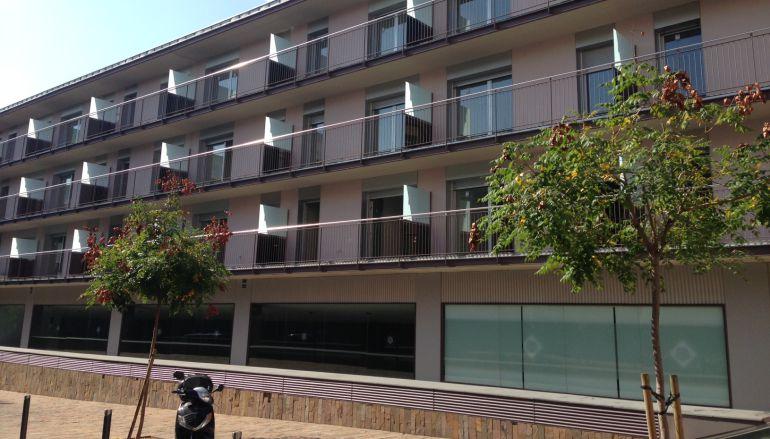 L ajuntament emet una vuitantena de multes als bancs que for Banc sabadell pisos