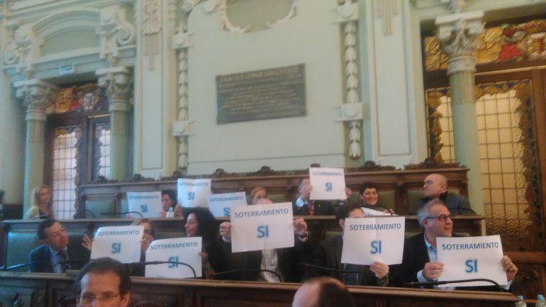 Concejales del PP en el pleno del Ayuntamiento de Valladolid