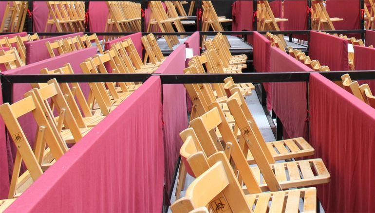 Sillas de los palcos de la Semana Santa de Granada