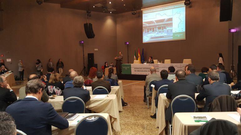 El consejero de Fomento de la Junta, Felipe López, durante la inauguración de unas jornadas sobre las innovaciones del metro de Granada