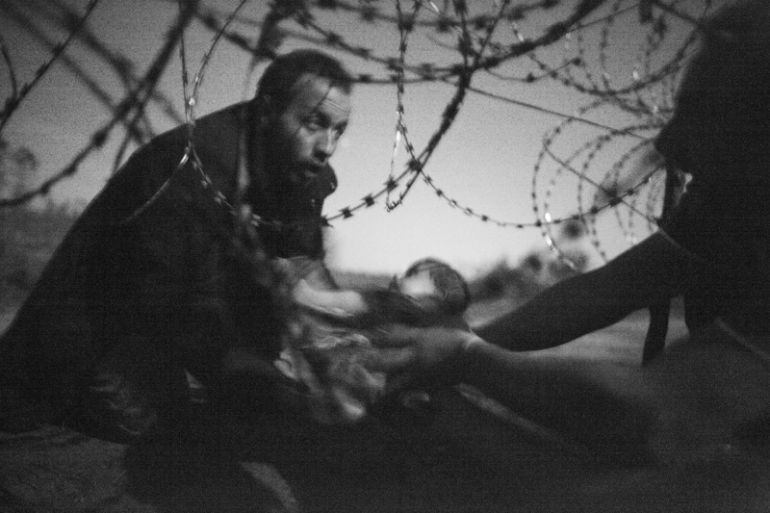 'Hope for a New Life' es la mejor foto de 2015 de World Press Photo