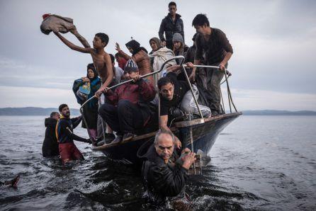 Sergey Ponomarev - Reporting Europe's Refugee Crisis 01