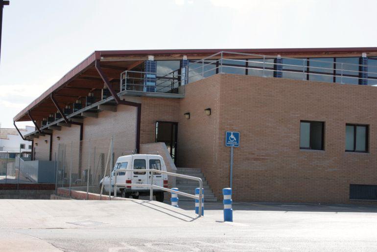 Instalar placas solares en la piscina municipal radio for Piscina almazora