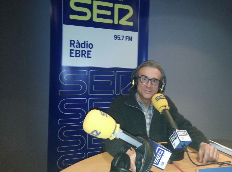 Toni Sabaté, als estudis de Ràdio Ebre-Cadena SER