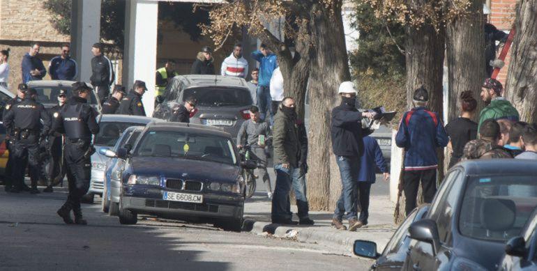 Foto de archivo de una operación policial en el distrito Norte de Granada contra el fraude eléctrico
