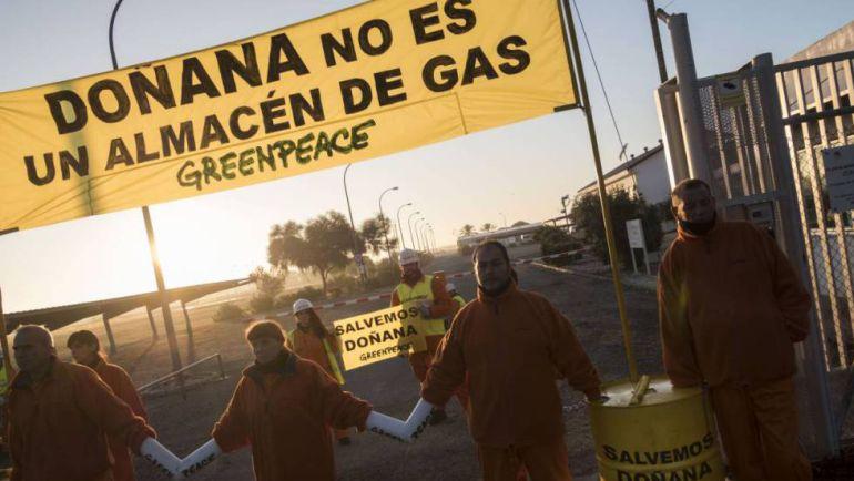 Greenpeace lleva el proyecto de Gas Natural a la defensora del Pueblo